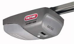 Genie IntelliG 1200 3/4 HP Chain or Belt Drive Garage Door Opener